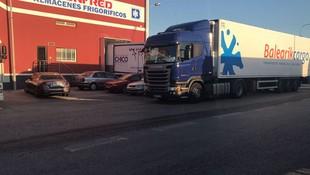 Transporte de productos en camiones frigoríficos a Baleares y Europa