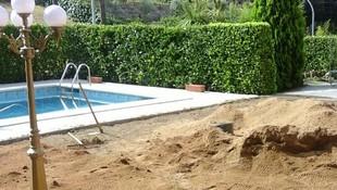 Creación de jardines con césped artificial