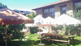 Restaurante con jardín interior