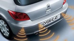 Venta y montaje de kit sensores de aparcamiento, delantero y trasero.