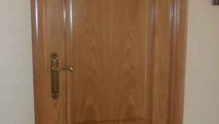 Puertas de interior a medida en Las Navas del Marqués
