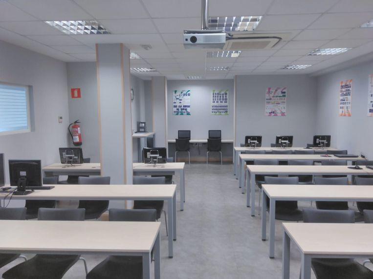 Autoescuela con clases prácticas con horario flexible