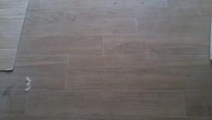 solado ceramico imitacion madera