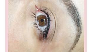Micropigmentación de ojos, da profundidad en la mirada