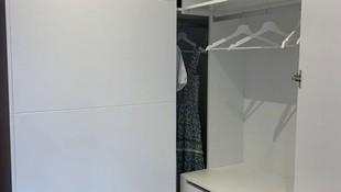 Interior de armario vestidor