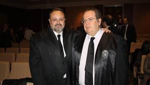 En un acto del Colegio de Abogados, con el compañero y amigo Vicente Serna, en el año 2008, en el XXV aniversario como colegiado