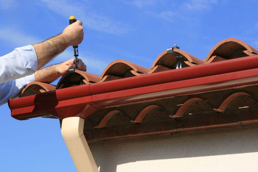 Mantenimiento y reparación de canalones y tejados en Valladolid