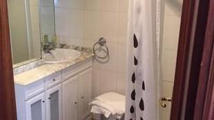 Habitaciones recién reformadas con baño privado