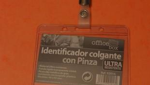 Tarjetas de plástico - porta ID con pinza Madrid http://www.solutarmadrid.es/es/
