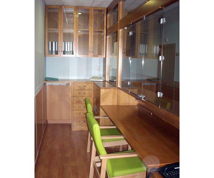 Muebles de oficina a medida en Soria