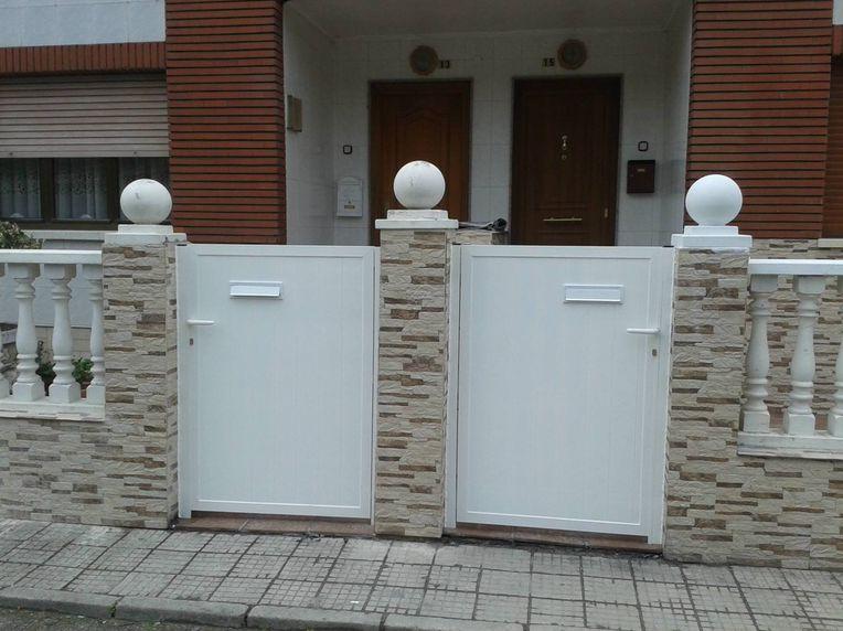 Puertas de aluminio en Mieres