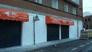 Instalación de toldo capota rotulado en Madrid