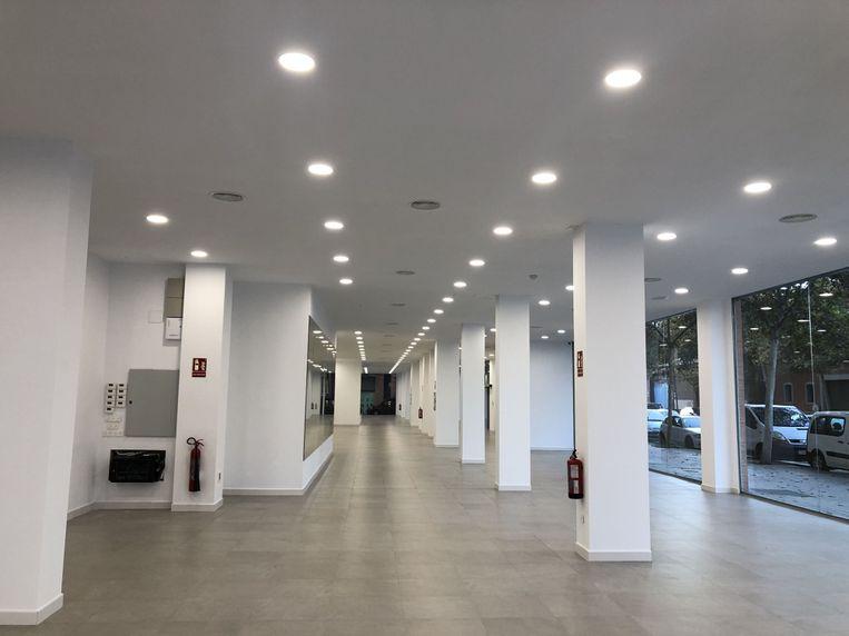 Instalacion electrica de exposicion de coches palmaocasion