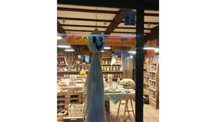 Vigas de poliuretano imitando a piezas de madera en Madrid