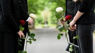 Ofrecemos una gestión funeraria integral