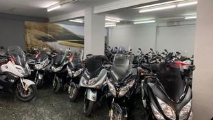 Venta de motos scooter baratas en Eixample, Barcelona