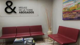Sala de espera del despacho de abogados