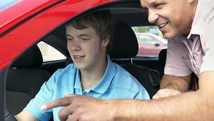Autoescuela Nino, obtención de permisos de conducir y cursos de capacitación y reciclaje en Baracaldo