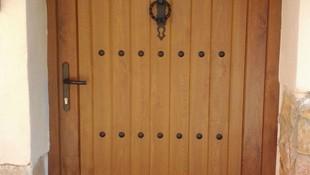 Puertas de exterior y de garaje en Burgos