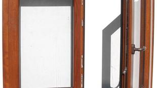 Ventana de aluminio con oscilobatiente y puente térmico