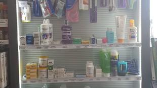 Estación de servicio con productos de parafarmacia en Montalvo
