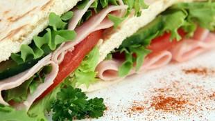 Restaurante La Muralla sandwiches y hamburguesas