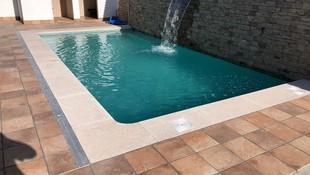 Albardillas para piscinas en Valmojado