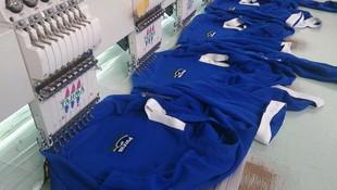 Bordando ropa laboral!!!!