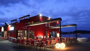 Cenas de empresa en Combarro