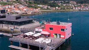Restaurante en el Puerto Deportivo de Combarro