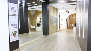 Interior de las instalaciones  de Óptica Nayco