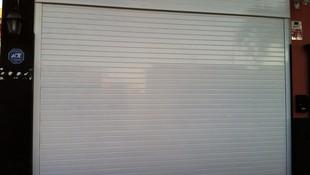 Puerta enrollable Alumino ciega