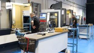 Instalaciones con maquinaría puntera para hacer mecanizados aeronáuticos