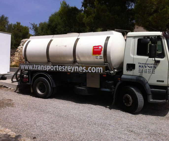 Camiones cisterna pra transporte de agua